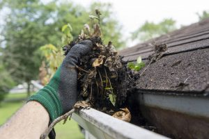 gutter cleaning cost blockage